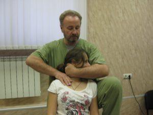 Лечение позвоночника с помощью мануальной терапии